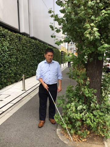 視覚障害者の夏の意外な天敵とは!?~日常から気づく、外を歩く際のポイント~