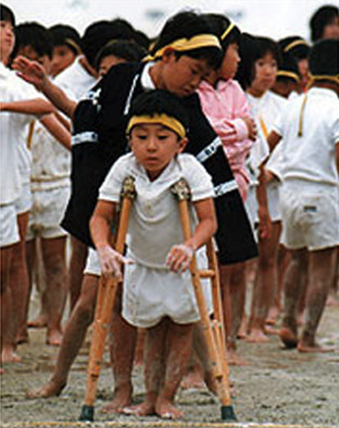 小学生3年生、泥だらけの運動会